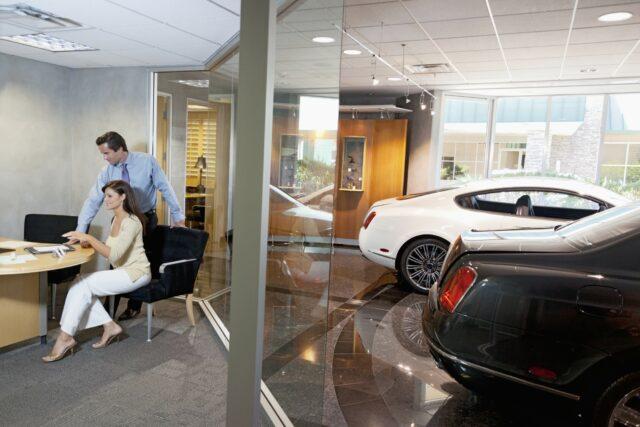 Bilforretning